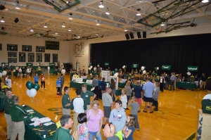McNicholas had its annual Open House for prospective families on Sunday, Oct. 25. Nearly 200 prospective middle schoolers toured the campus, as well as McNick's curriculum, sports, and extracurricular activities.