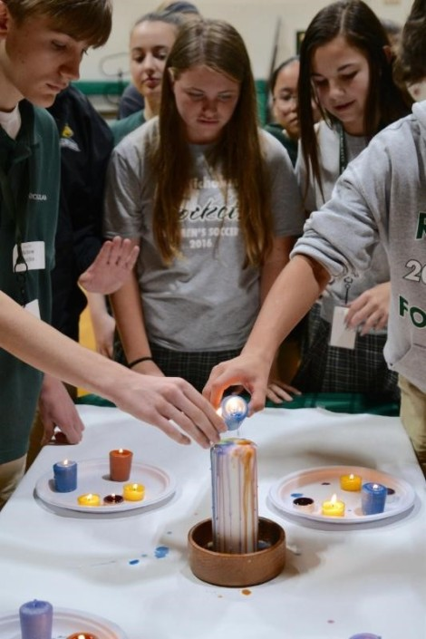 Day of Renewal offers freshmen opportunity to bond andreflect